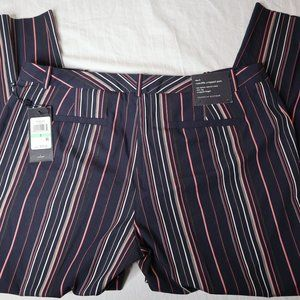NWT Tommy Hilfiger Striped Size 8 Cropped Pant